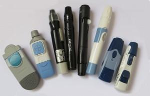 8 unterschieldiche Diabetes Stechhilfen